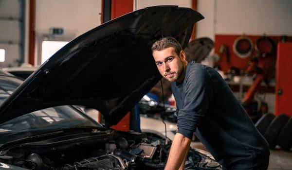 Peugeot-Service Frontbilar